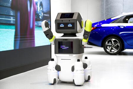 DAL-e: el nuevo robot de atención al cliente de Hyundai habla, se mueve y hasta reconoce caras