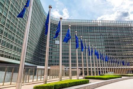 La Comisión Europea inicia una investigación sobre las reglas de la App Store y Apple Pay [Actualizado]