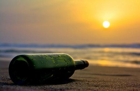 Mensaje en una botella - Message in a bottle