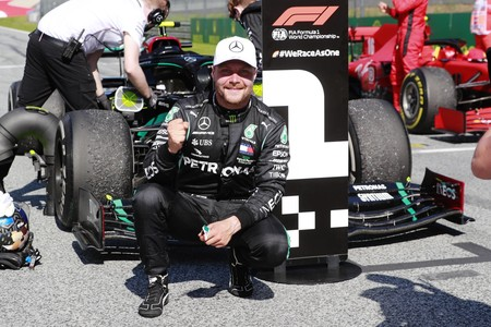 ¡Oficial! Valtteri Bottas seguirá un año más en Mercedes mientras que siguen negociando con Lewis Hamilton