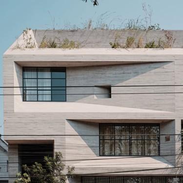 El cemento aparente por fuera como por dentro puede ser una gran idea como lo demuestra este edificio en Ciudad de México