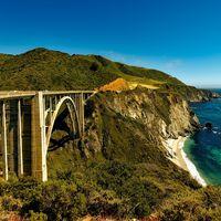 La mítica Pacific Coast Highway de California se reabre al tráfico, un año después de quedar sepultado un tramo