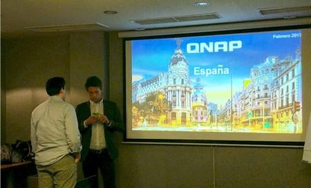 Adrian Groba y Pedro Barranquero de QNAP