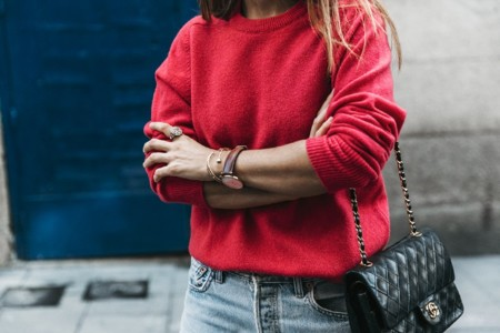 Pink Sweater Levis Vintage Snake Shoes Chanel Bag Casual Look Outfit Street Style Collage Vintage 20 790x527