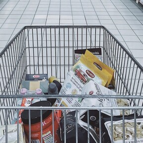 Profeco pasa a examen alimentos con alto contenido en sodio en México: estos son los que no cumplen con su contenido neto