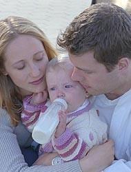 Celos de los hijos ante los abrazos de sus padres