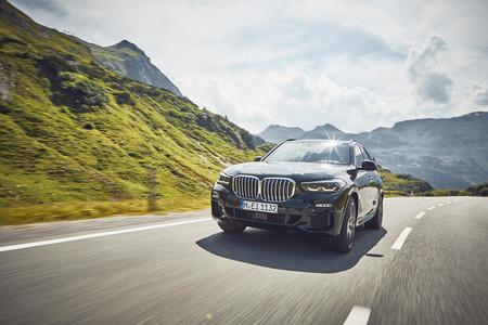 BMW X5 xDrive45e: un SUV híbrido enchufable con hasta 87 kilómetros de autonomía eléctrica