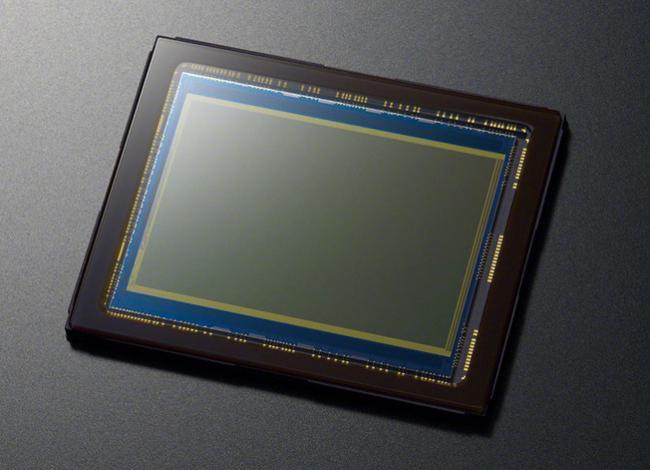 El nuevo sensor curvo de Sony estará disponible en formato Full Frame y para móviles