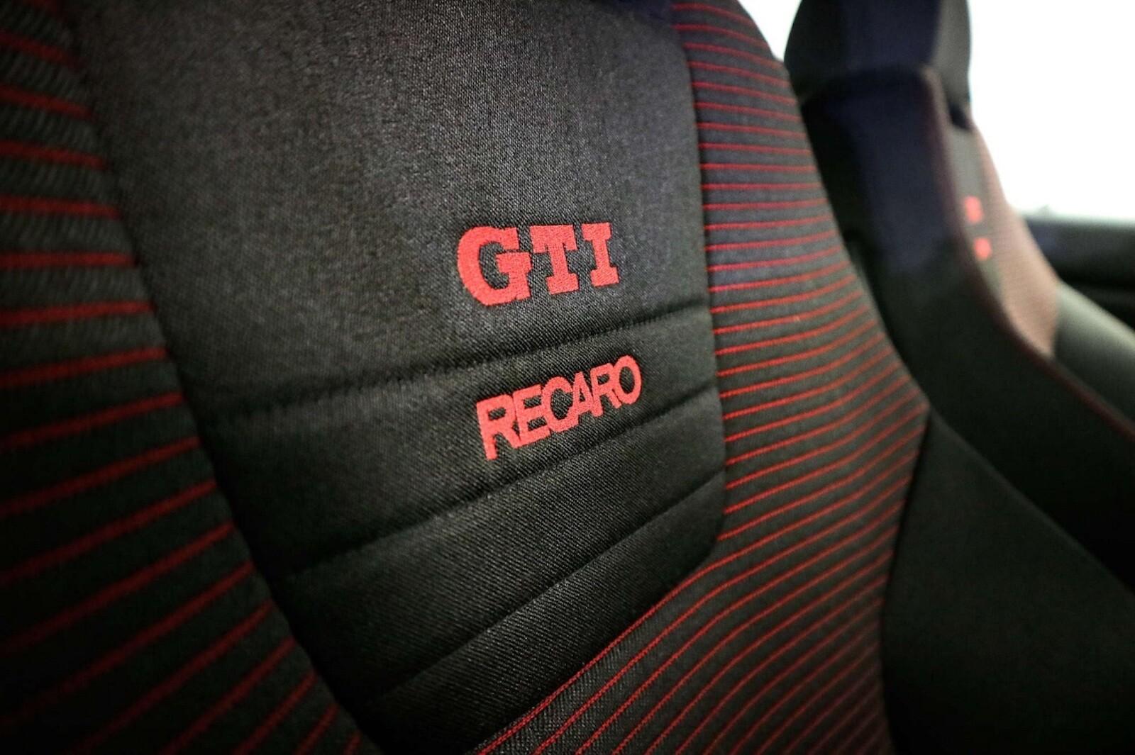 Foto de Volkswagen GTI MK4 25 aniversario a subasta (12/20)