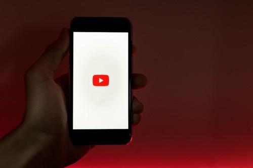 YouTube empieza a eliminar los vídeos con discursos de odio, supremacismo, nazis, terraplanistas y teorías de conspiración