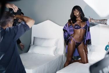 Naomi Campbell se alía con Yamamay para lanzar una línea de lencería que podemos comprar enterita