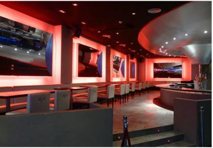 BroadBar, un restaurante con plató de televisión interactivo