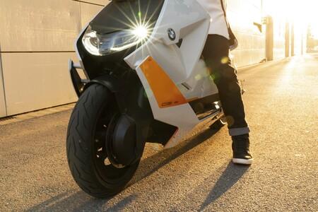 BMW nos muestra cómo será su nueva moto eléctrica de producción a horas de su presentación