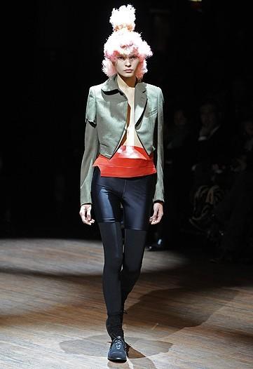 Foto de Comme des Garçons, Primavera-Verano 2010 en la Semana de la Moda de París (11/14)