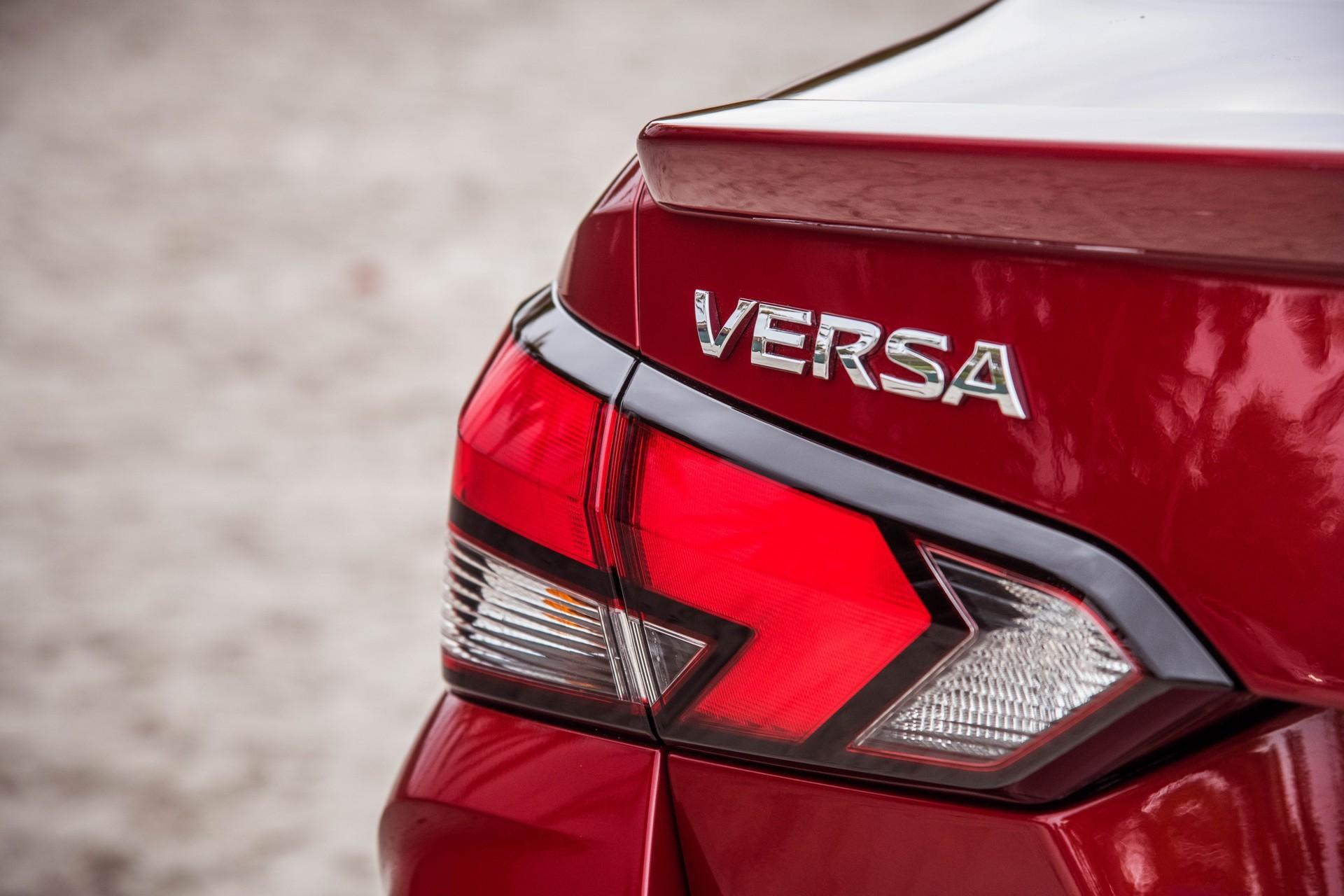 Foto de Nissan Versa 2020 (21/37)