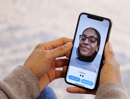 Pruébate todas las gafas que quieras: la app Warby Parker te enseña cómo te quedan gracias a la realidad aumentada