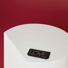 Foto 9 de 25 de la galería uterque-coleccion-entretiempo-tell-me-love en Trendencias