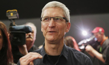Tim Cook promete nuevos productos para otoño y habla acerca del tamaño de pantalla del iPhone y el futuro del Mac