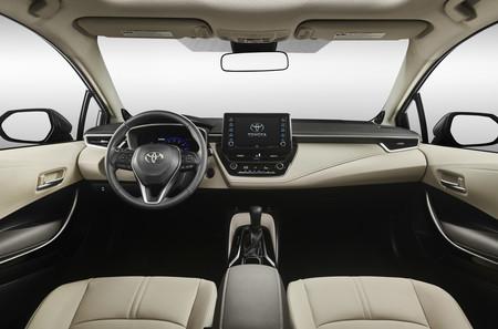 Corolla Interior 01 33673c2c5ea55af866f8af32dbc1e862550b6651