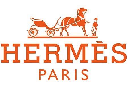 Hermès crece económicamente mientras los rumores en la dirección artística también lo hacen