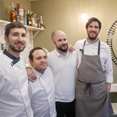 Tres por cuatro: el restaurante que se gasta el dinero en dar bien de comer (y ni un duro en mobiliario)