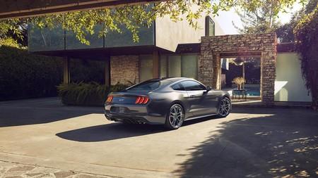 El Ford Mustang GT 2018 se apunta al modo silencioso para que elijas cuándo molestar a tus vecinos con sus 466 CV
