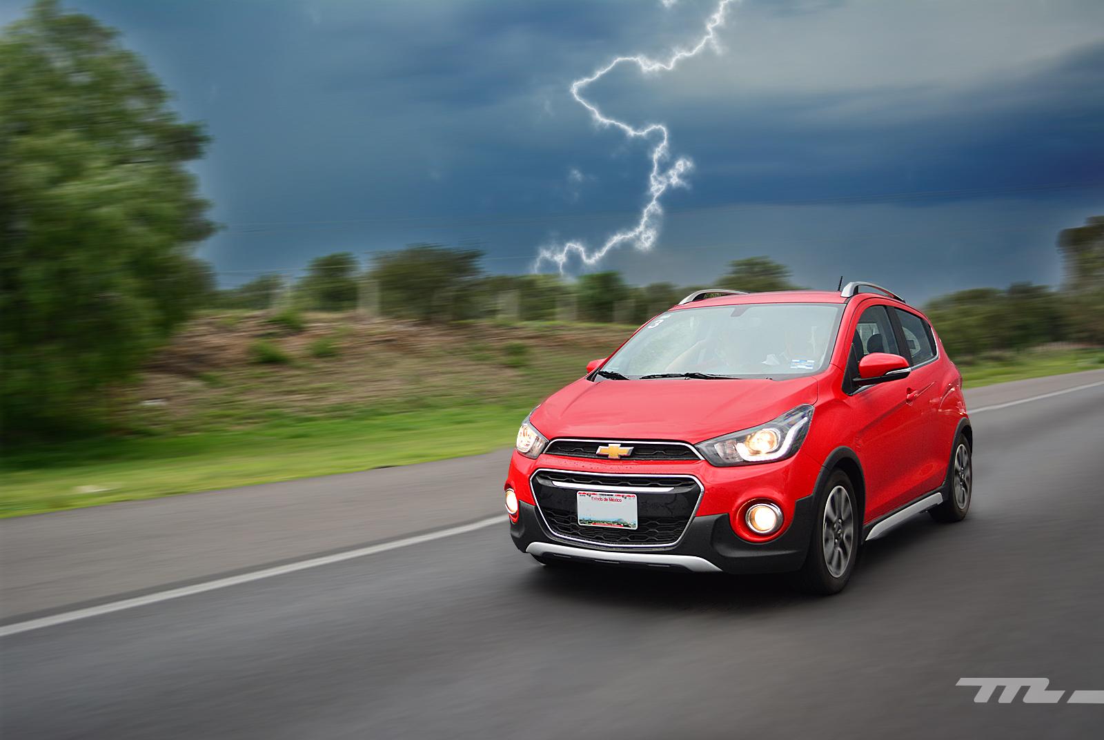 Manejamos el Chevrolet Spark Activ, ¿tiene sentido más ...