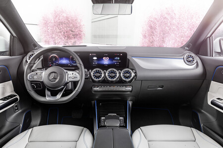 Mercedes Benz Eqa 14