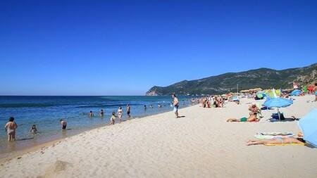 Praia Figueirinha