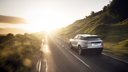 Range Rover Velar 2021 015