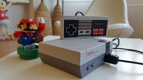 Probamos la Nintendo NES Mini y ya casi no queremos una Xbox One o una PS4 Pro