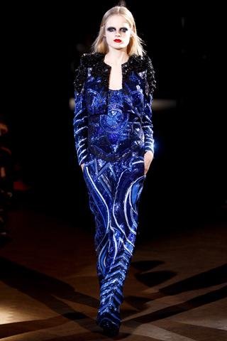Foto de Givenchy Alta Costura Primavera-Verano 2010: una colección dominada por las transparencias (13/17)