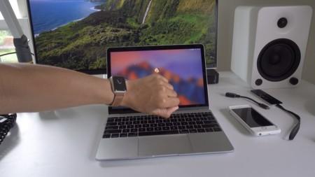 Así se desbloquea macOS Sierra con Apple Watch: el adiós definitivo a la contraseña
