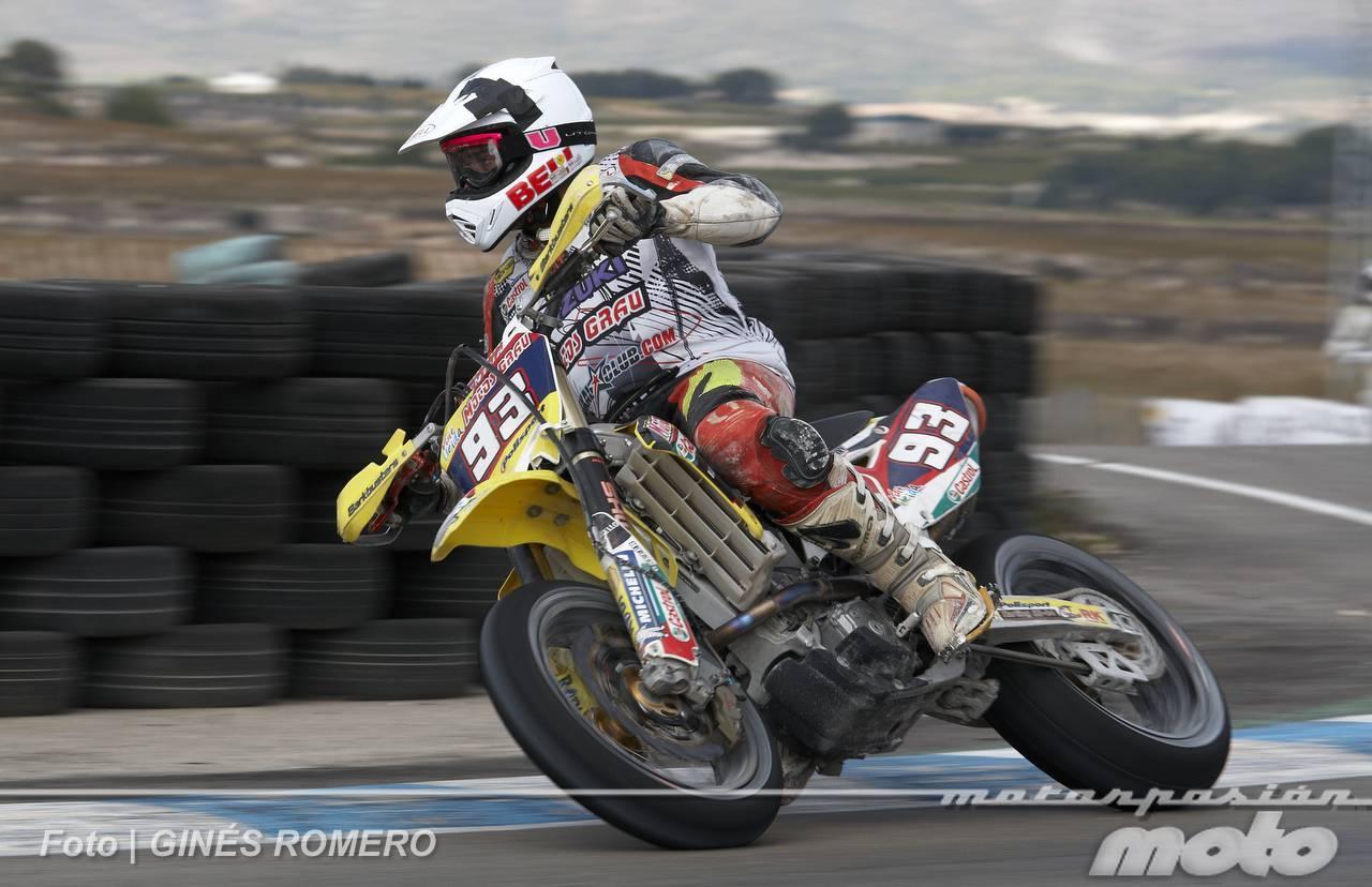 Foto de Albaída despide el Campeonato de España de Supermotard 2011 (27/63)