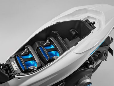 Honda propone expendedoras de baterías para motos eléctricas, y adiós a los tiempos de recarga