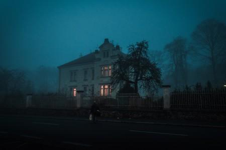 Cuando ocho personas fingieron oír voces para demostrar que la psiquiatría estaba mal: luces y sombras del experimento de Rosenhan