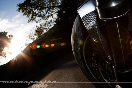 Ducati-Diavel-2014-