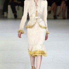 Foto 1 de 33 de la galería alexander-mcqueen-primavera-verano-2012 en Trendencias