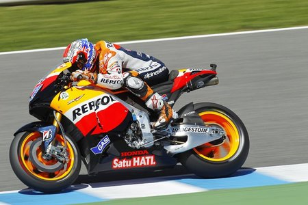 MotoGP España 2011: Sandro Cortese, Stefan Bradl y Casey Stoner conquistan Jerez