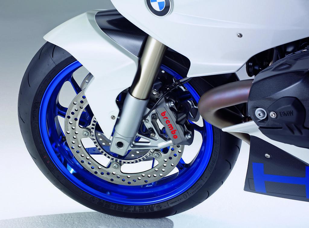 Foto de Imágenes oficiales BMW HP2 Sport (15/47)