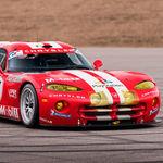 El mítico Chrysler Viper GTS R, ganador de las 24 Horas de Le Mans en el 2000, vuelve a la vida y está a la venta