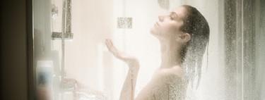 ¿Es mejor ducharse por la mañana o por la noche? Hemos cambiado nuestra rutina y esta ha sido nuestra experiencia