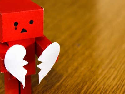 Playlist alternativa para entrenar en San Valentín: desamor en estado puro