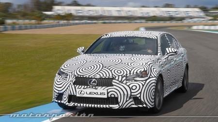 Lexus pone a punto en el Circuito de Jerez la suspensión AVS para próximos modelos