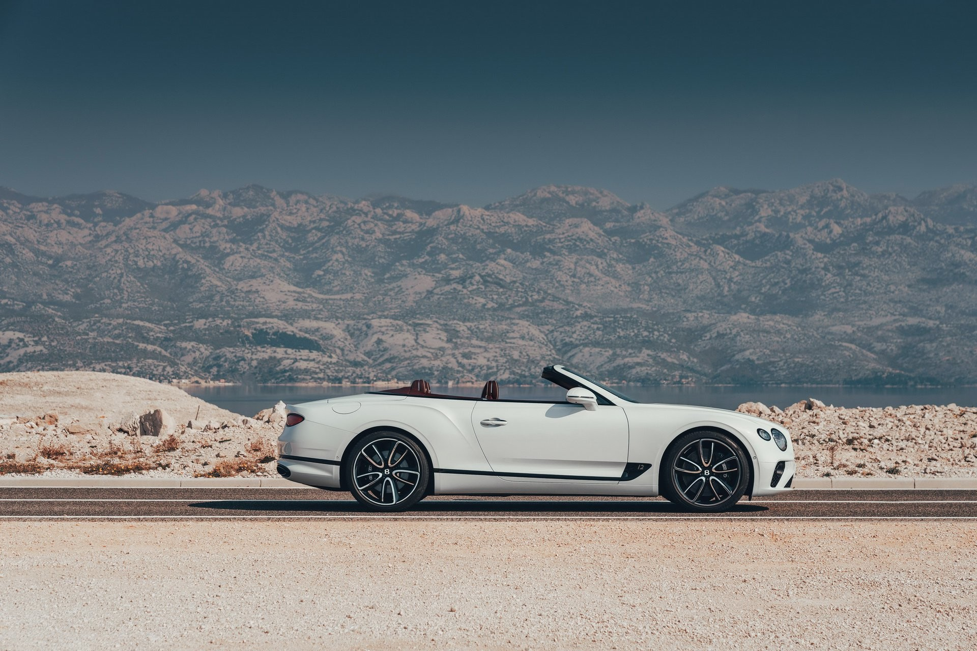 Foto de Bentley Continental GT Convertible 2019 (14/35)