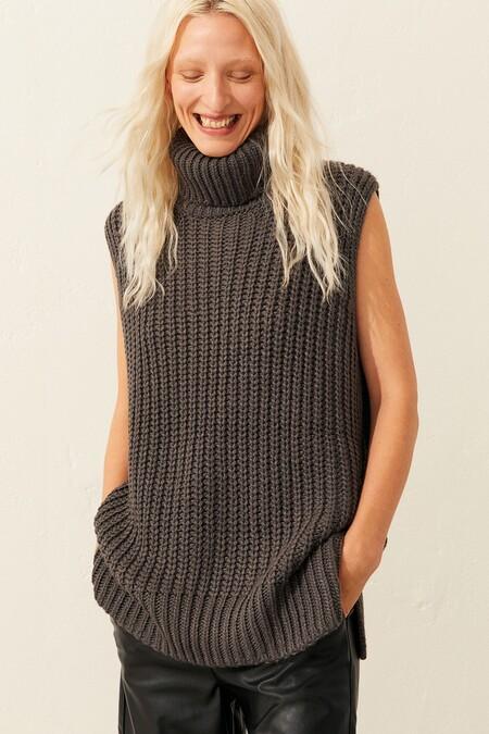 Suéter sin mangas