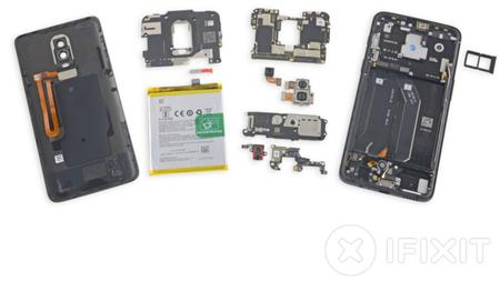 El OnePlus 6 es más difícil de reparar que el OnePlus 5 según iFixit: el cristal es el responsable