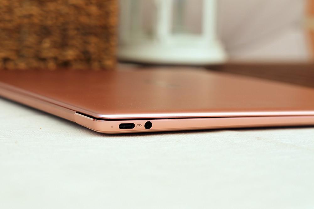Huawei Matebook X 8