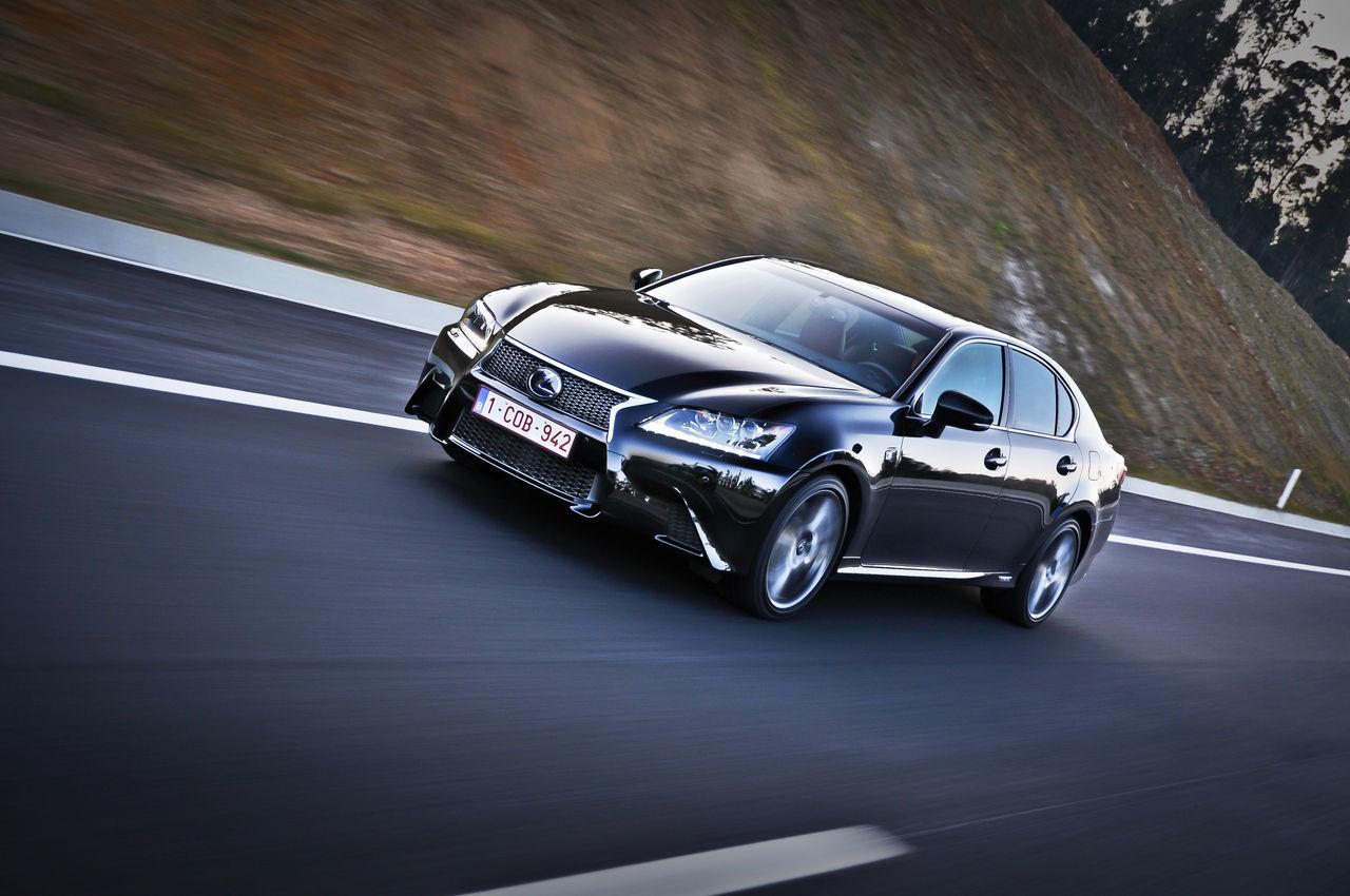 Foto de Lexus GS 450h F Sport (2012) (14/26)