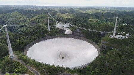 Un segundo cable se ha roto en el Observatorio Arecibo, causando aún más daños a la gigantesca estructura